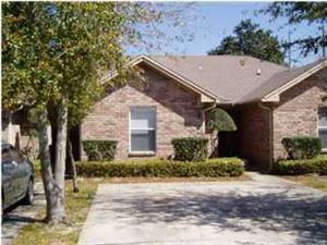 Photo of 879 Fairview #B, Fort Walton Beach, FL 32547 (MLS # 818652)