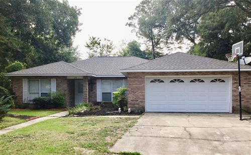 Photo of 49 Hickory Place, Freeport, FL 32439 (MLS # 855790)