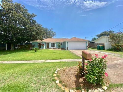Photo of 303 Primrose Circle, Destin, FL 32541 (MLS # 877833)