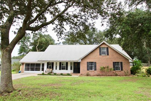 Photo of 2790 Willow Bend Court, Crestview, FL 32539 (MLS # 855971)