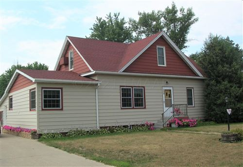Photo of 1116 HICKORY Avenue, Oakes, ND 58474 (MLS # 21-4119)