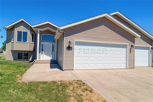 Photo of 1096 PARKWAY Lane, West Fargo, ND 58078 (MLS # 21-3308)