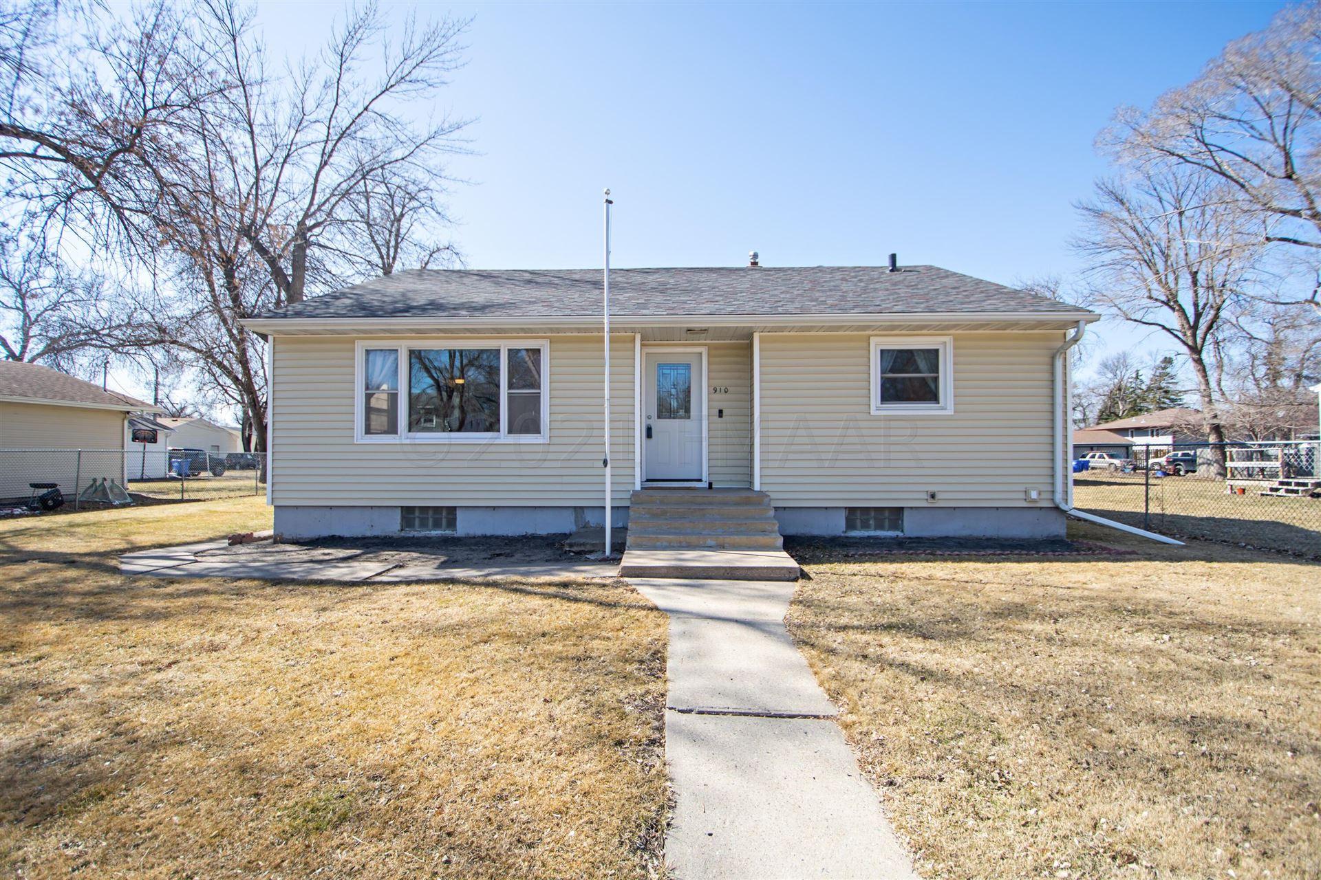 910 27TH Street N, Fargo, ND 58102 - #: 21-1370