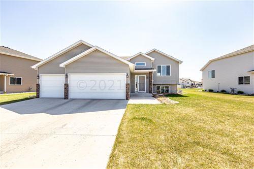 Photo of 733 35 Avenue E, West Fargo, ND 58078 (MLS # 21-5442)