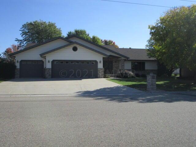 1020 MAIN Street, Breckenridge, MN 56520 - #: 21-5445