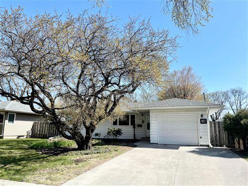 Photo of 510 25 Avenue N, Fargo, ND 58102 (MLS # 21-2467)