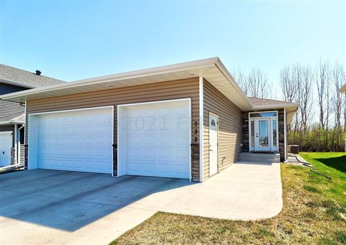 Photo of 732 CATHY Drive W, West Fargo, ND 58078 (MLS # 21-2471)