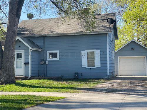 Photo of 1534 7 Avenue S, Fargo, ND 58103 (MLS # 21-2534)