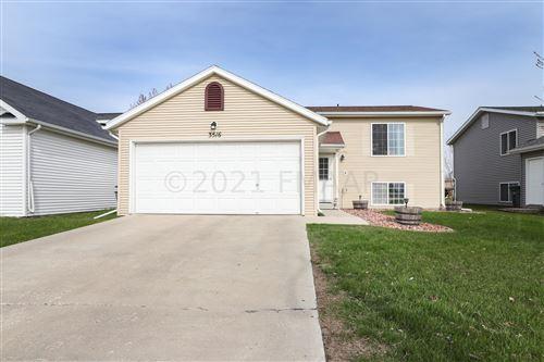 Photo of 3516 13TH Street S, Moorhead, MN 56560 (MLS # 21-2567)