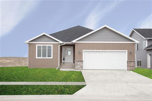 Photo of 846 60TH Avenue W, West Fargo, ND 58078 (MLS # 21-1666)