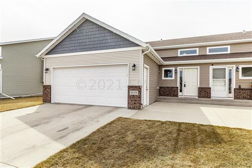 Photo of 939 29TH Avenue W, West Fargo, ND 58078 (MLS # 21-1707)