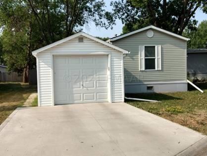 1324 SANDSTONE Drive, West Fargo, ND 58078 - #: 21-4795