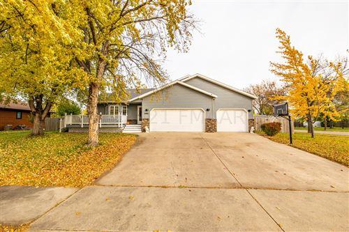 Photo of 2801 39 1/2 Avenue S, Fargo, ND 58104 (MLS # 21-5831)