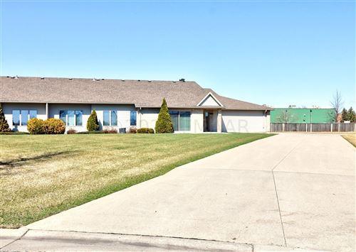 Photo of 1409 HEATHERWOOD Court, West Fargo, ND 58078 (MLS # 21-1856)