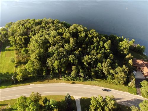 Photo of 792 SOUTH SHORE Drive, Detroit Lakes, MN 56501 (MLS # 20-4986)