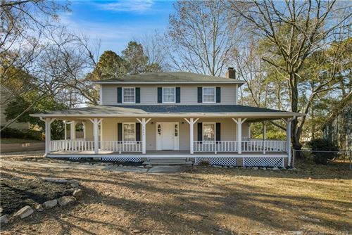 Photo of 5669 Blythewood Lane, Fayetteville, NC 28311 (MLS # 623031)