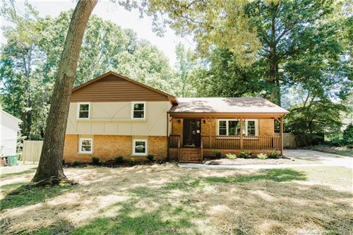 Photo of 2713 Bellaire Drive, Sanford, NC 27330 (MLS # 660123)