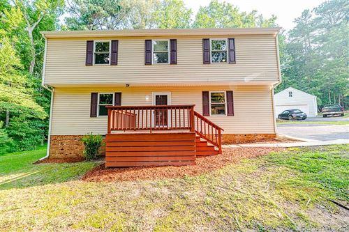 Photo of 2108 Eveton Lane, Sanford, NC 27330 (MLS # 663128)