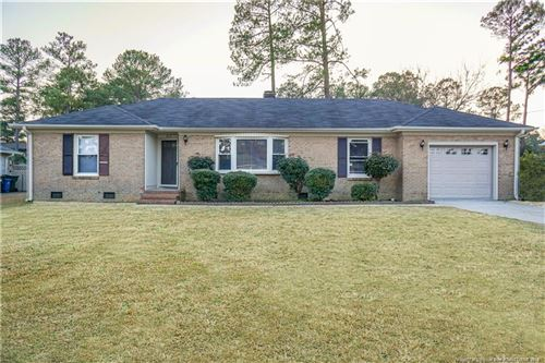 Photo of 817 Bedford Road, Fayetteville, NC 28303 (MLS # 623157)