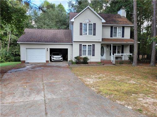 Photo of 76 Edgedale Lane, Sanford, NC 27332 (MLS # 670222)