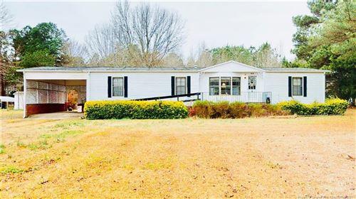 Photo of 4464 Cox Mill Road, Sanford, NC 27332 (MLS # 648377)
