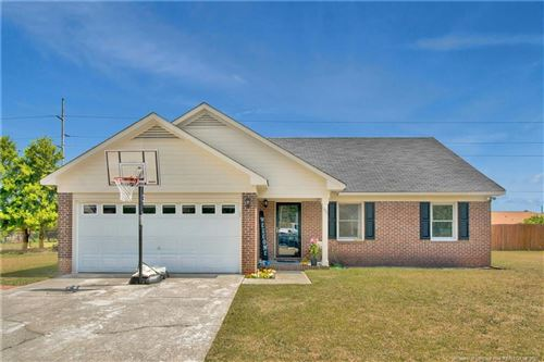 Photo of 111 Pheasant Court, Fayetteville, NC 28306 (MLS # 654409)