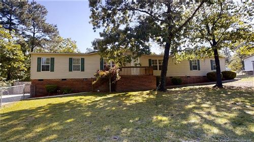 Photo of 112 Country Place, Sanford, NC 27332 (MLS # 627424)