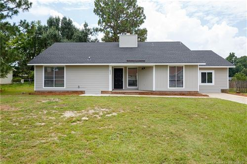Photo of 6847 Beaverstone Drive, Fayetteville, NC 28314 (MLS # 663458)