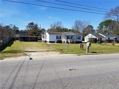 Photo of 2612 Hope Mills Road, Fayetteville, NC 28306 (MLS # 628476)