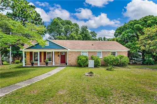 Photo of 5408 Sandstone Drive, Fayetteville, NC 28311 (MLS # 637477)