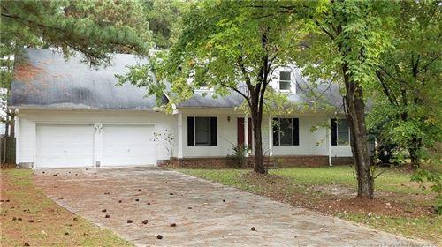Photo of 111 Windsor Lane, Raeford, NC 28376 (MLS # 644769)
