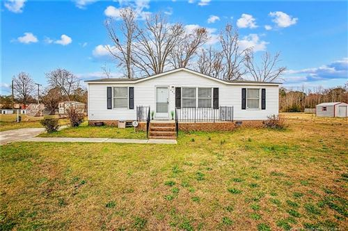 Photo of 909 Coldwater Drive, Fayetteville, NC 28312 (MLS # 624873)
