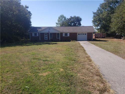 Photo of 189 Mason Street, Raeford, NC 28376 (MLS # 670873)