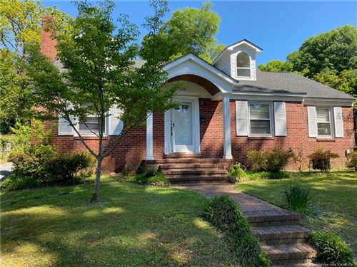 Photo of 325 Valley Road, Fayetteville, NC 28305 (MLS # 629934)