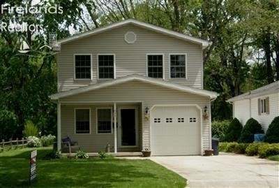 Photo of 630 Taylor, Huron, OH 44839 (MLS # 20201107)