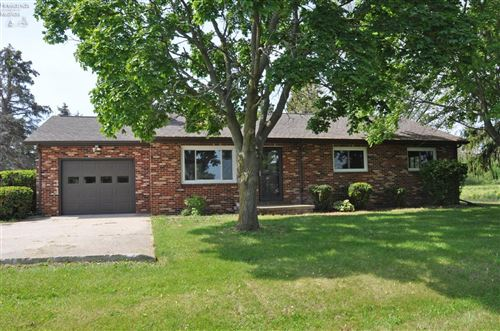 Photo of 4327 W County Road 95, Gibsonburg, OH 43431 (MLS # 20211899)
