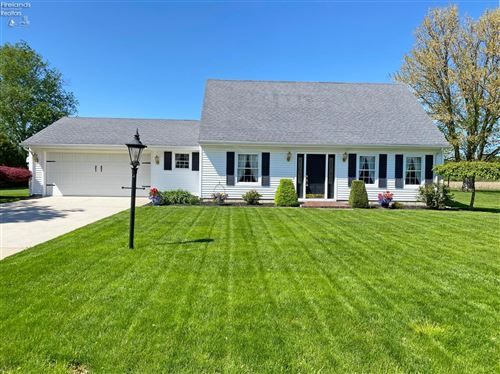 Photo of 154 Thomas Drive, Fremont, OH 43420 (MLS # 20211912)