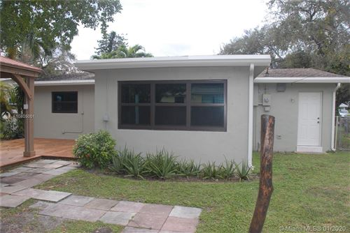 Photo of Listing MLS a10805001 in 4730 SW 25th Ter Fort Lauderdale FL 33312