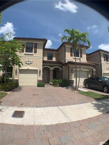 Foto de inmueble con direccion 8955 W 33rd Ave #0 Hialeah FL 33018 con MLS A10884001