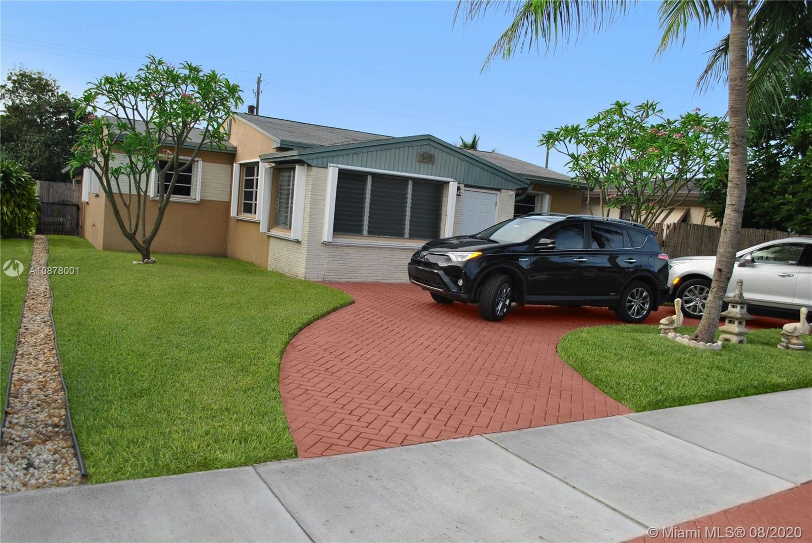 2415 Roosevelt St, Hollywood, FL 33020 - #: A10878001