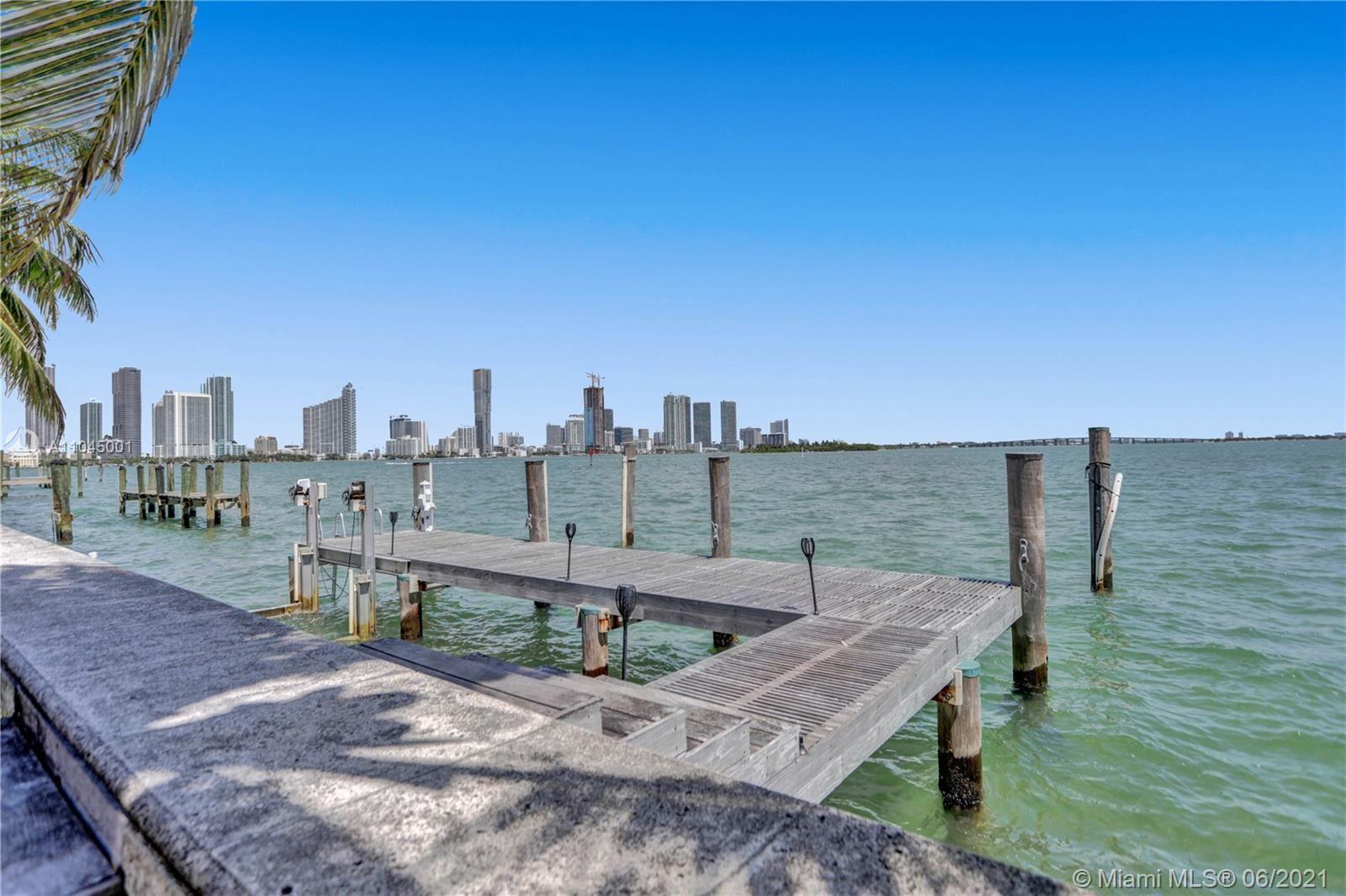 Photo of 1101 N Venetian Dr, Miami, FL 33139 (MLS # A11045001)