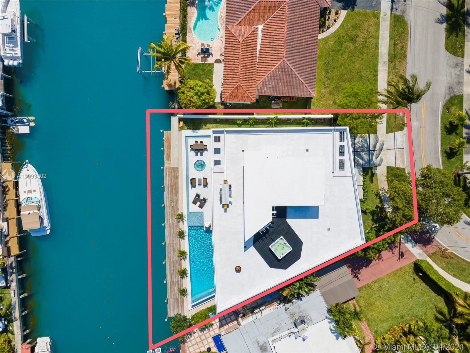 Photo of 2080 S Hibiscus Dr, North Miami, FL 33181 (MLS # A10999002)