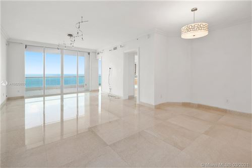 Foto de 16051 Collins Ave #2802, Sunny Isles Beach, FL 33160 (MLS # A10820003)