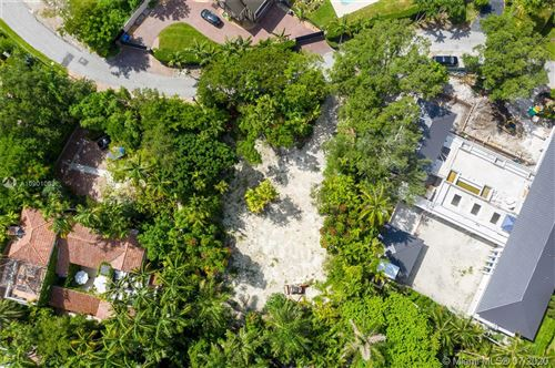 Photo of Listing MLS a10901003 in 3775 Stewart Ave Miami FL 33133