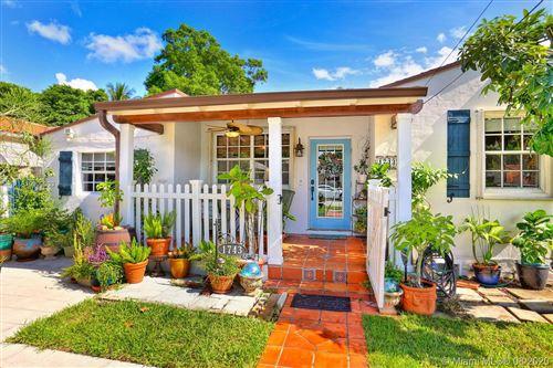 Foto de inmueble con direccion 1743 SW 24th Ter Miami FL 33145 con MLS A10909003