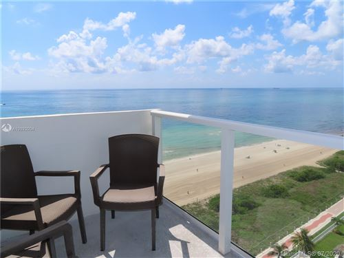 Foto de inmueble con direccion 5701 Collins Ave #PH14 Miami Beach FL 33140 con MLS A10893004