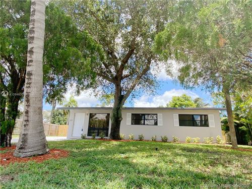 Photo of Listing MLS a10846005 in 2931 SW 14th St Fort Lauderdale FL 33312