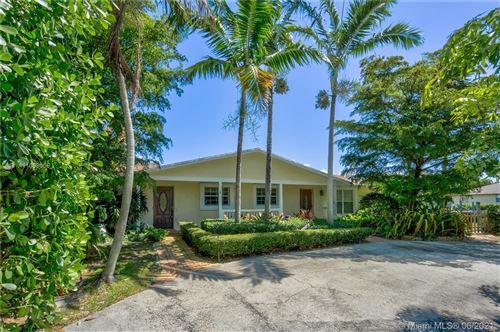Photo of 2561 Old Donald Ross Rd, Palm Beach Gardens, FL 33410 (MLS # A11058005)