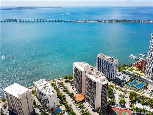 Foto de inmueble con direccion 1450 Brickell Bay Dr #905 Miami FL 33131 con MLS A10865006