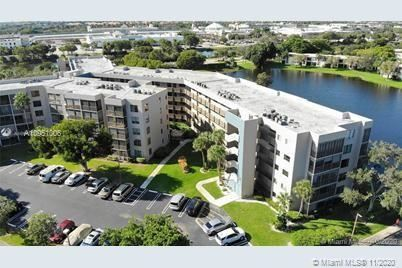900 Colony Point Cir #410, Pembroke Pines, FL 33026 - #: A10951006